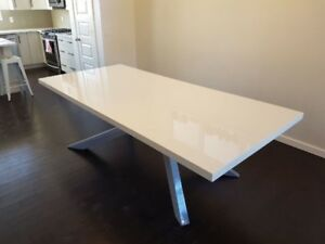 Gorgeous Designer Modern Dining Table!