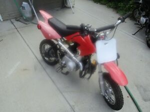 2012  GIO  90CC   DIRT  BIKE