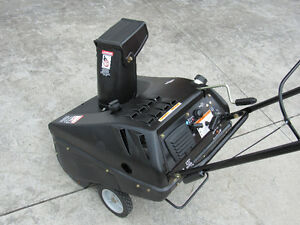 Briggs and Stratton snowblower