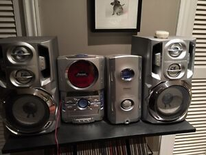 Pioneer stereo system (XC-IS21T)