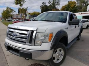 """2010 Ford F-150 4WD SuperCrew 145"""" XLT 