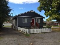 2 bedroom house north shore, utilities included