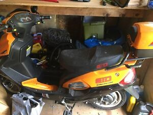 GIO Electric Moped 500W 2011- NO License Required