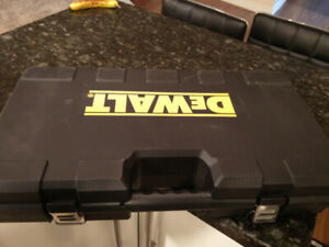 Dewalt case beg box tool storage