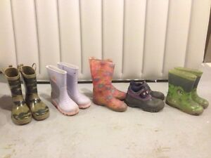 Children's rain boots sizes 13,1,2 and 6