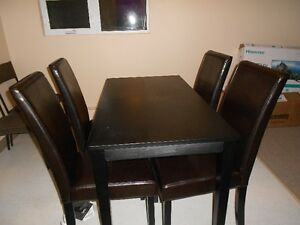 URGENT- Dining table & chairs - Furnitures for sell - Relocating