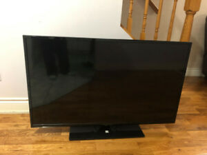 FLUID 48'' led TV WITH STAND & bluray