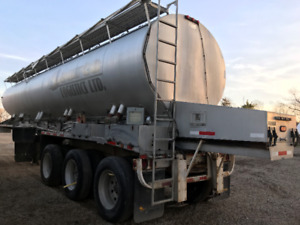 Warren Grain-Fertilizer Trailer