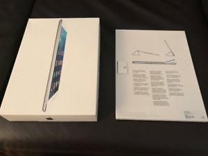 iPad Air 32 GB - WITH Apple Smart Cover
