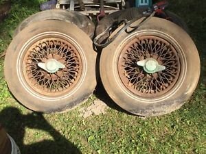 Mgb vintage knock off hub wire rims from triumph