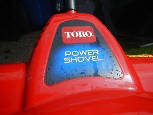 Souffleuse électrique Toro (Type pelle à neige)