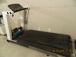 Precor 962i Treadmill for parts