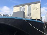 Spacious Houseboat - Filey Bay
