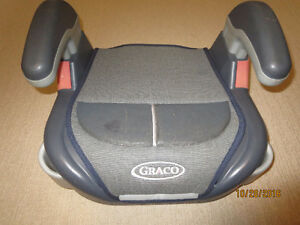 Childs Booster Seat - Asking $10.00 Kitchener / Waterloo Kitchener Area image 1