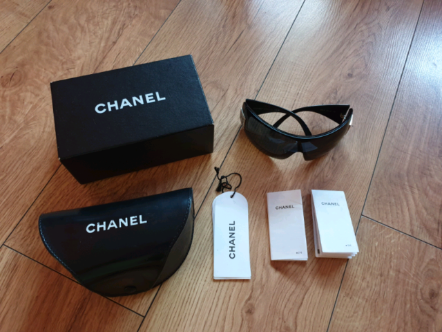 ae68c3c55 Chanel Oversized Sunglasses with Swarovski Crystals | in Croydon ...