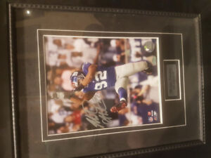 NY Giants signed Michael Strahan with frame