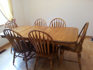 Solid Oak Dining Room Table Sets and hutch
