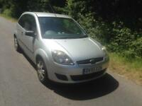 FORD FIESTA 1.25 STYLE CLIMATE 3 DOOR * A/C * RADIO CD*
