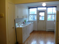 Available July 1st: Bright 3½ in Verdun (4 appliances incl.)