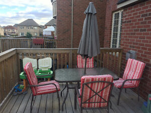Patio table set in good condition