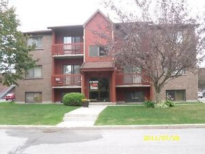 GRAND 4 1/2, 3105 MARIE-RIVIER, ST-HYACINTHE