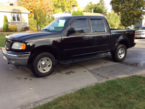 Camion Ford F150 Lariat