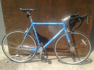 56cm single speed Schwinn Madison fixie