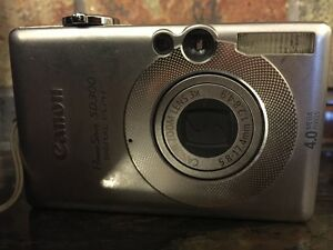 Canon Powershot camera SD300