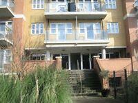 2 bedroom flat in Stanley Road, South Harrow, HA2