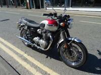 2016 16 plate Triumph Bonneville T120 in stunning red/silver 4127 miles