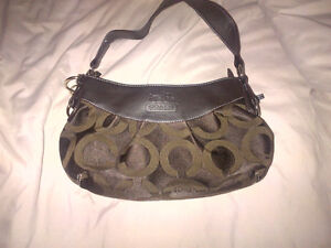 Coach and Guess bags for Sale Kitchener / Waterloo Kitchener Area image 1