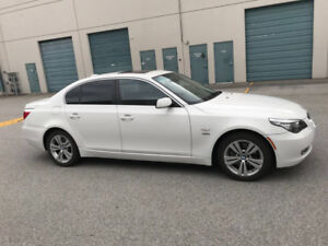 2009 BMW 528i for sale!