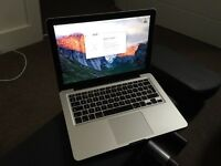 "Apple MacBook Pro 13"" Intel 2.26Hz, 500GB HDD 4.0GB Ram, DVD±RW Webcam."