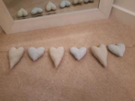 Hearts full padded x6 on hessian rope brand new