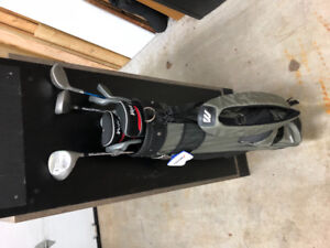 Golf bag, Clubs and Shoes