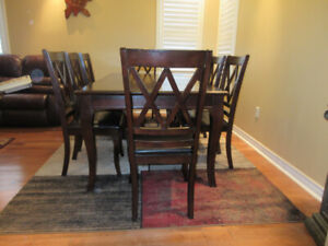 Dining set of 8 chairs