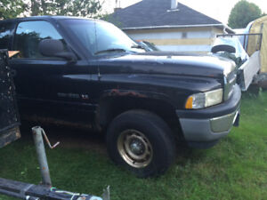 (Sold)2000 Dodge Power Ram 1500 Pickup Truck...(Reduced $850 )
