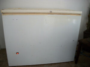 freezer works great $150 44 long 35 high 22 wide ph 652-0559