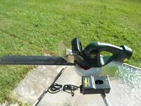 """Hedge Trimmer """"Cordless"""" by Yardworks"""