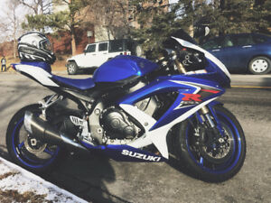 2008 Suzuki GSX-R come with parts, Low KM, Fast as hell.