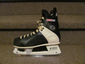 CCM Tacks 159, mens size 9 hockey skates as new $58