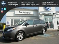 2012 Toyota Sienna LE 7-Pass 6A