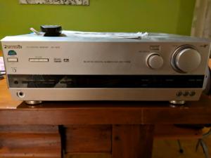 Cinéma maison avec haut-parleur Pioneer et ampli Panasonic