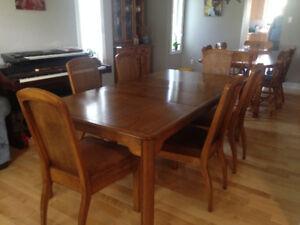 Vintage Sklar Peppler Dining Room Set