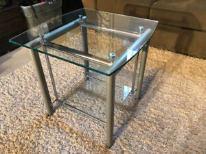 table d'appoint verre Structube