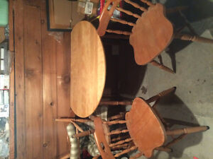 Vintage dining table and 4 chairs