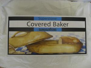 Sassafras Rectangular Covered Bread Baker-New