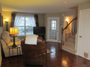 JUST LISTED: Minutes to downtown -Great for 1st TIME HOME BUYERS St. John's Newfoundland image 5