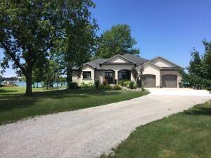 Waterfront Home for Sale in Sombra