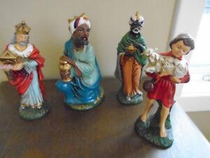 antiquité gros format 4 personnages crèche de Noel made  Japan